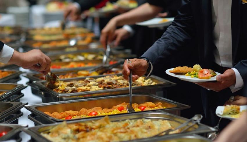 利润率低至0.3%!餐饮究竟赚的什么钱?