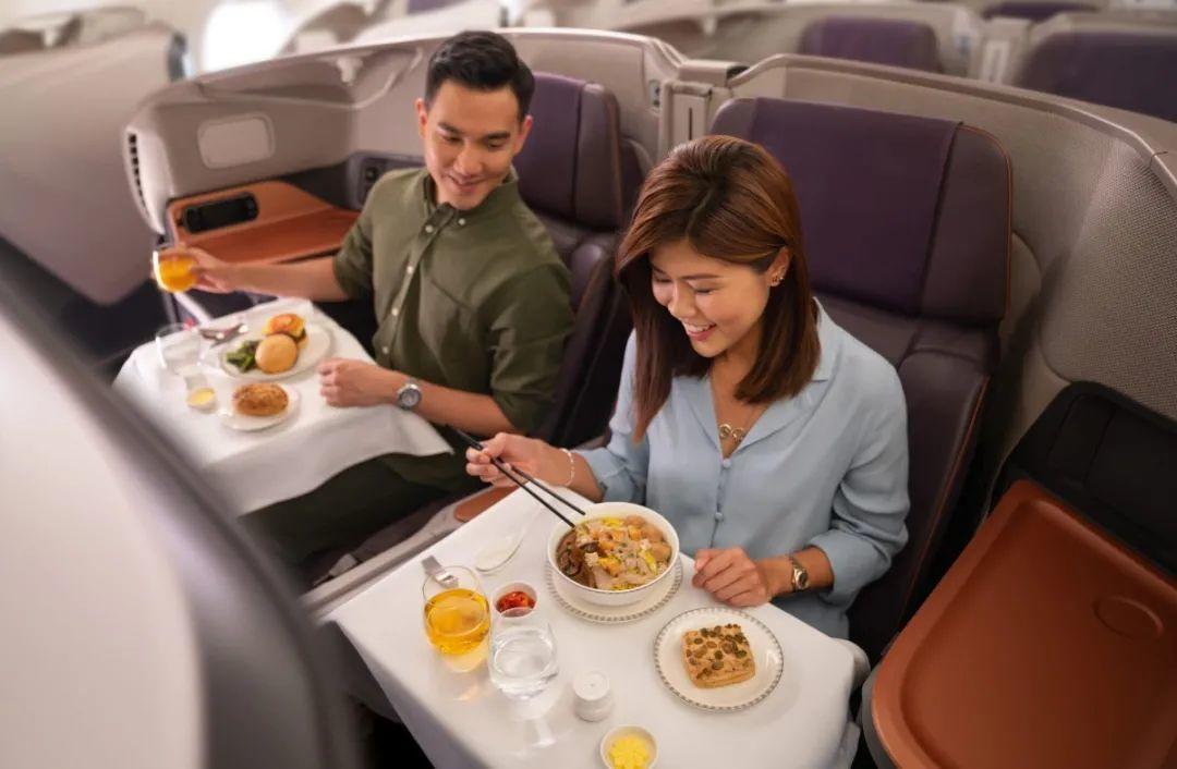 餐饮外卖密封打包将有新规定;为自救,  新加坡航空推出飞机餐厅