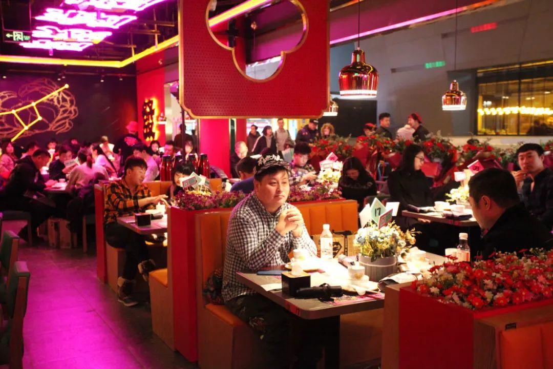 """年开出数百家门店,东北新餐饮""""排队王""""是怎么炼成的?"""""""